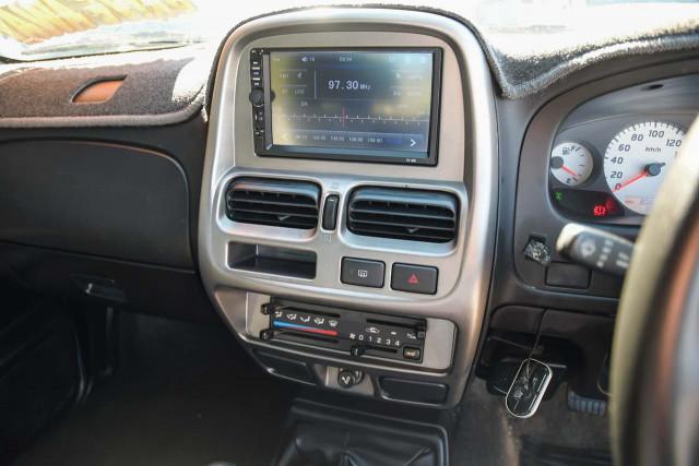 2009 Nissan Navara D22 MY09 ST-R Utility Image 12