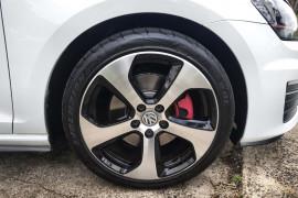 2016 Volkswagen Golf 7 GTI Hatch Image 2