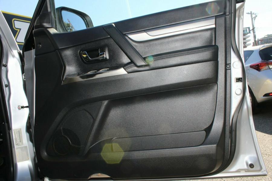 2016 MY17 Mitsubishi Pajero NX MY17 GLS Wagon