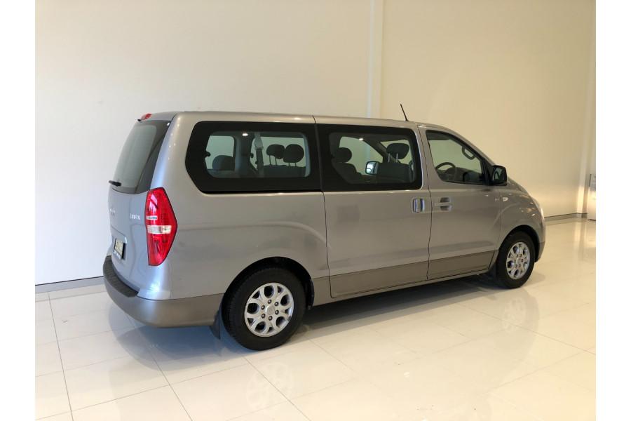 2014 Hyundai Imax TQ-W Wagon