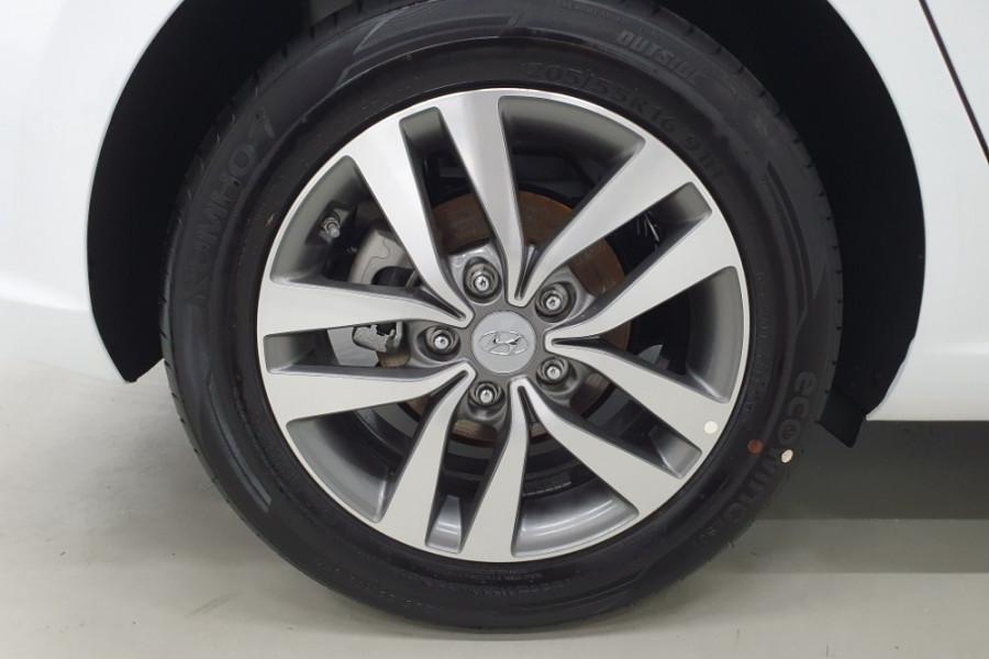 2019 MY20 Hyundai i30 PD2 Active Hatchback Image 9