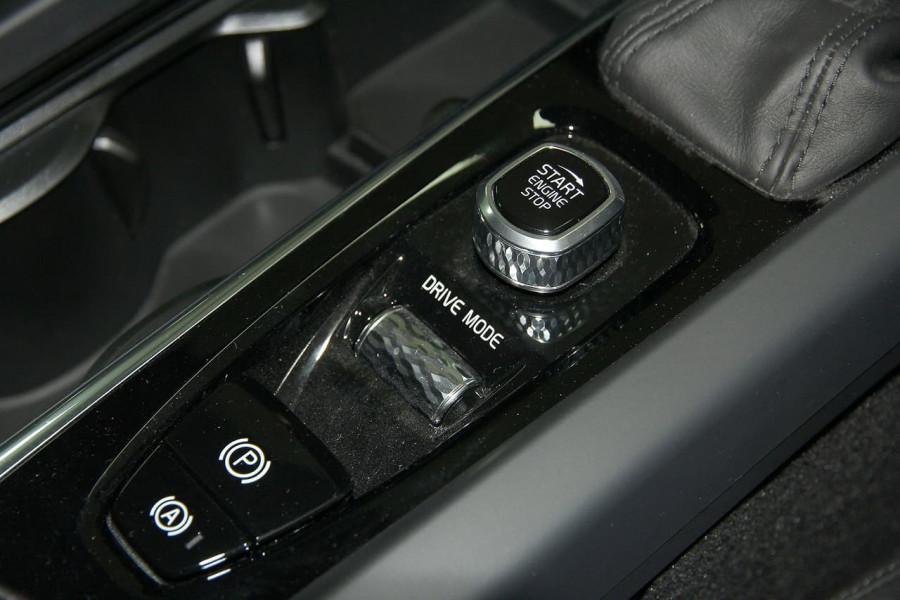 2019 MY20 Volvo V60 (No Series) T5 Momentum Wagon Mobile Image 6