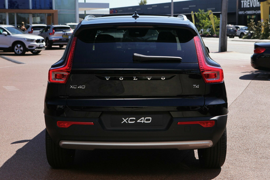 2018 MY19 Volvo XC40 XZ MY19 T4 Momentum Suv