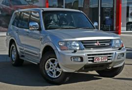 Mitsubishi Pajero Exceed NP