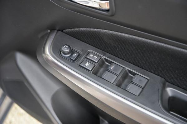 2020 Suzuki Swift AZ GLX Turbo Hatchback image 19