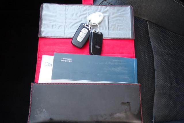 2012 Kia Sorento Platinum 23 of 23