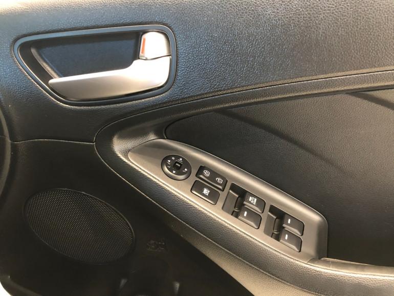 2015 Kia Cerato YD S Sedan Image 10