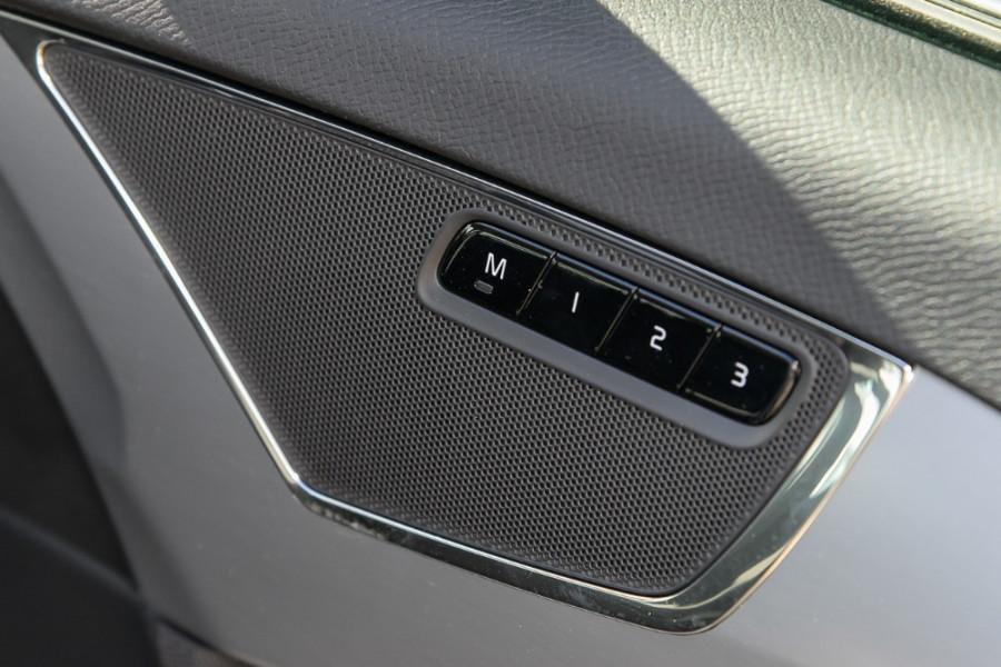 2017 MY18 Volvo XC90 L Series T6 Momentum Suv Mobile Image 16