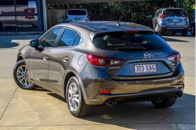 2016 Mazda 3 BM Series Neo Hatchback Image 3