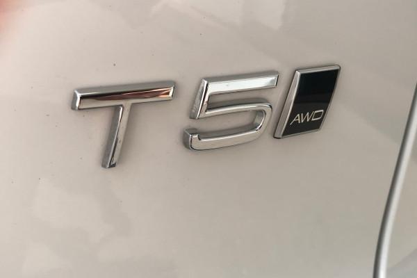 2018 Volvo Xc40 (No Series) MY18 T5 Momentum Suv Image 5