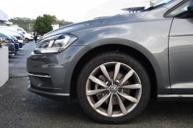 2020 Volkswagen Golf 7.5 110TSI Comfortline Hatchback Image 5
