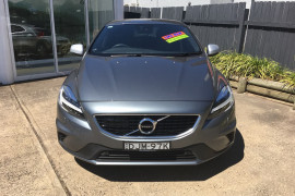 Volvo V40 T5 R-Design (No Series) MY16