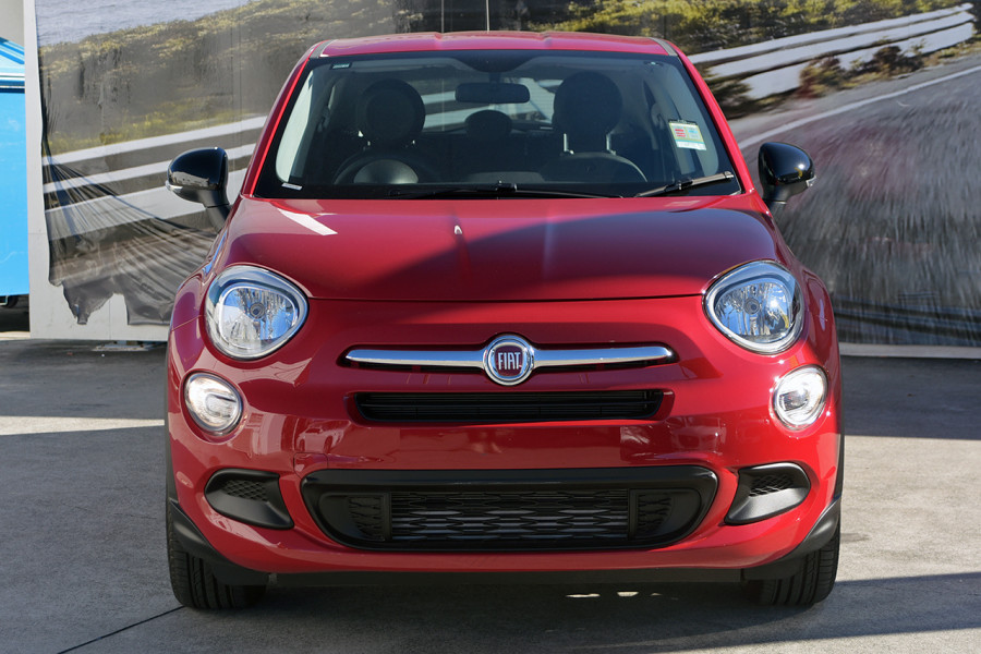 2018 Fiat 500X 334 Pop Hatchback Mobile Image 3