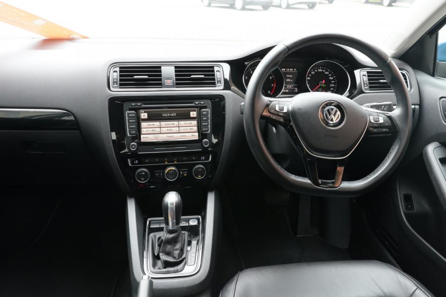 2015 Volkswagen Jetta 1B MY15 118TSI Sedan Image 8