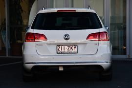 2011 Volkswagen Passat Type 3C MY11 118TSI Wagon Image 4