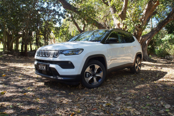 Jeep Compass Launch Edition M6