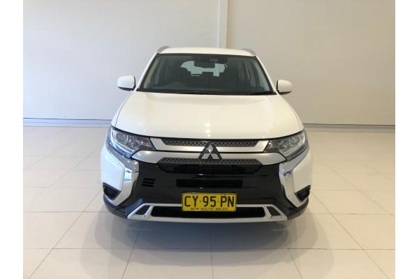 2020 Mitsubishi Outlander ZL ES Suv Image 3