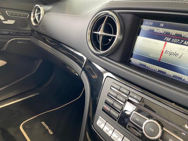 2015 Mercedes-Benz Sl-class R231 SL500 Roadster Image 20