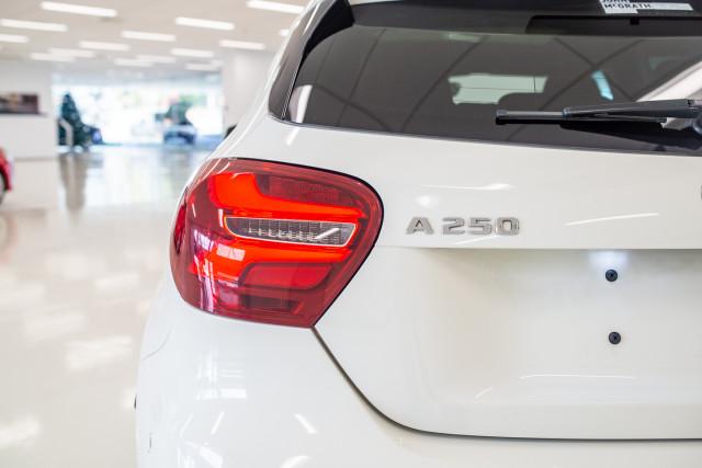 2017 MY08 Mercedes-Benz A-class Hatchback Image 16