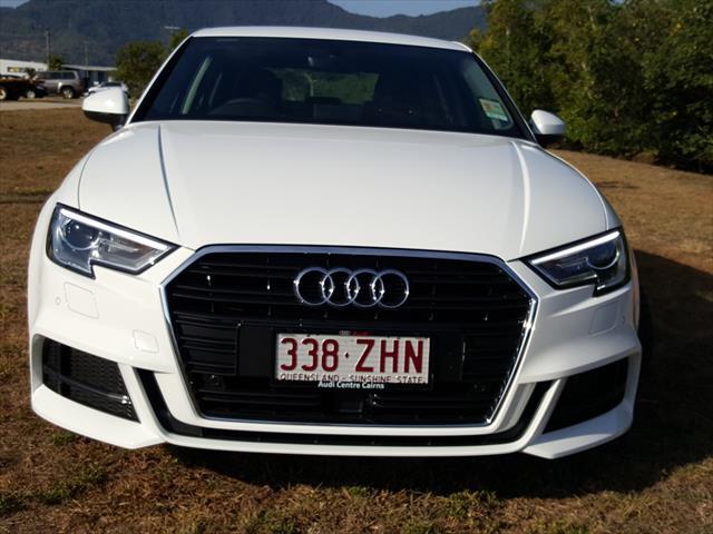 Audi A3 Sedan 35 TFSI - S line plus 8V  35 TFSI S line