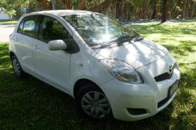 Toyota Yaris YR NC