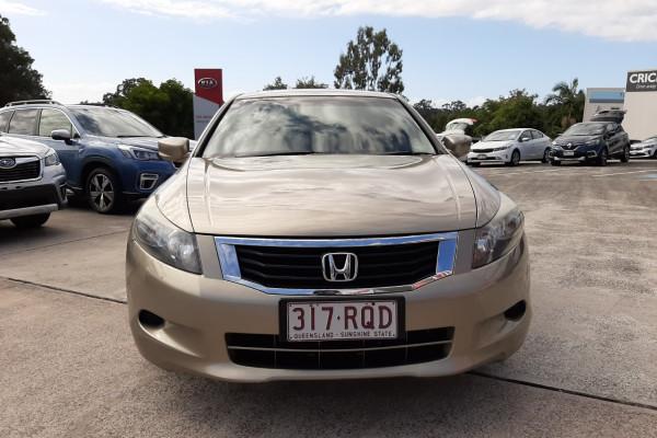 2010 Honda Accord 8th Gen  VTi Sedan Image 2