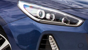 i30 LED highlights.
