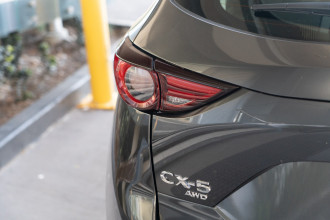 2021 Mazda CX-5 KF Series Akera Suv image 25