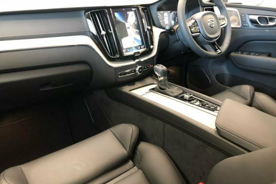2019 Volvo XC60 UZ T5 Inscription (AWD) Suv Mobile Image 11