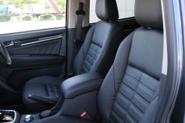 2019 Isuzu UTE MU-X LS-T 4x4 Wagon Image 5