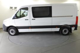 2019 Mercedes-Benz Sprinter VS30 419CDI Van Image 2