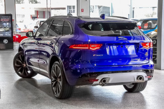 2016 Jaguar F-pace X761 MY17 30d First Edition Suv Image 2