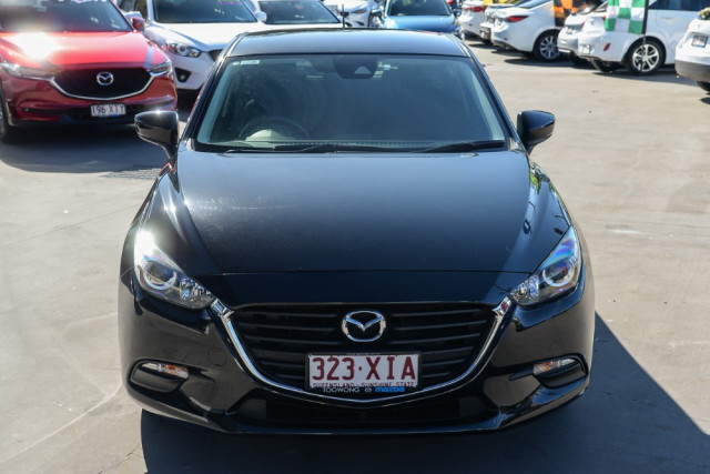 2016 Mazda 3 BM5476 Neo Hatchback Image 3