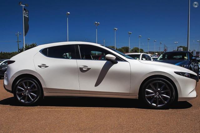 2019 Mazda 3 BP G25 Evolve Hatch Hatchback Image 5