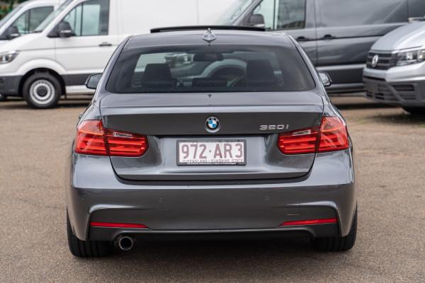 2013 BMW 3 Series F30  320i Sedan Image 5