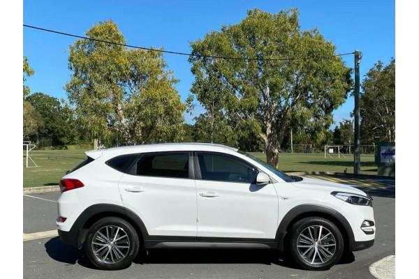 2016 Hyundai Tucson TL Active X (FWD) Suv Image 2