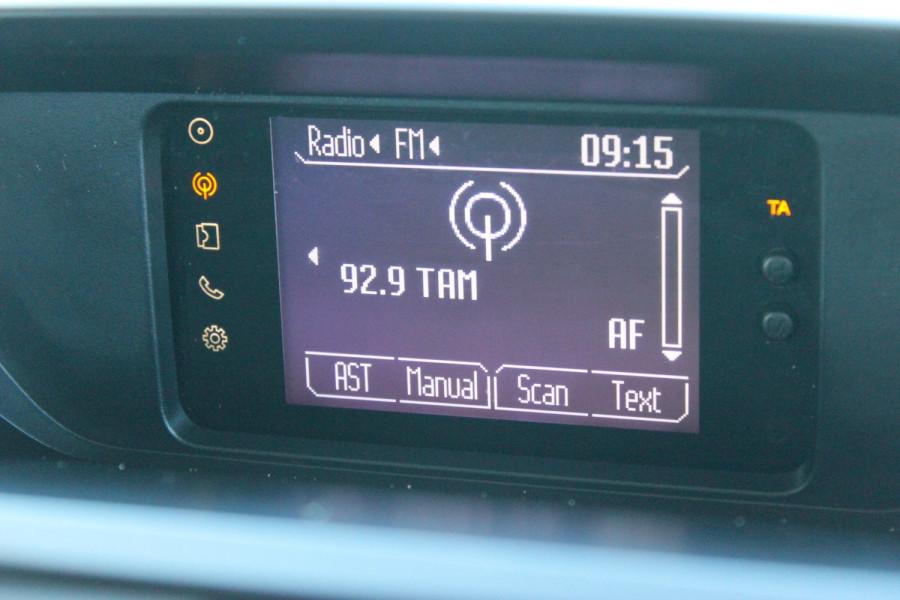 2015 Mazda BT-50 UR0YF1 XT Cab chassis - dual cab Image 15