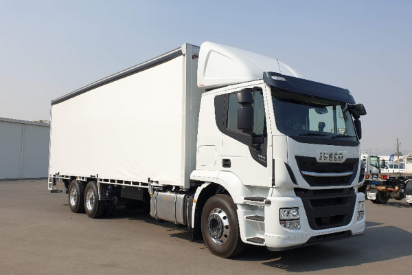 2020 Iveco Stralis AT460 Truck