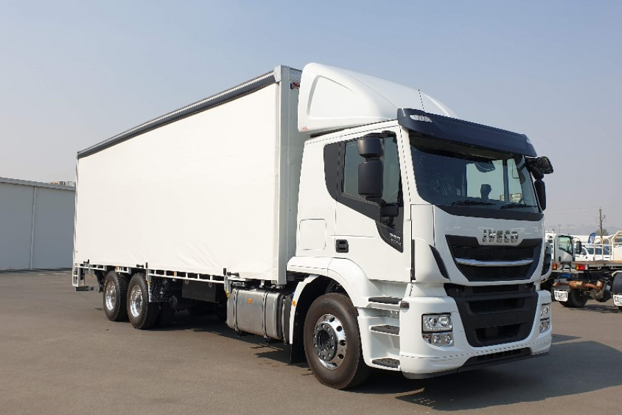 2020 Iveco Stralis AT460 Curtainsider