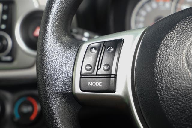 2014 Toyota Yaris NCP130R YR Hatchback Image 17