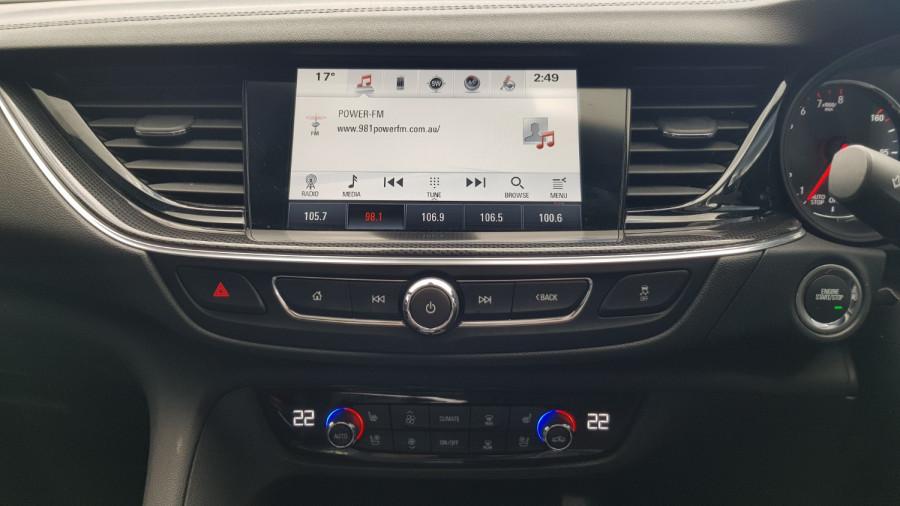 2018 Holden Commodore ZB VXR Sedan Image 17