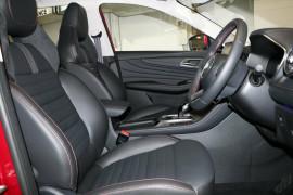 2021 MG HS PHEV Essence Wagon image 9