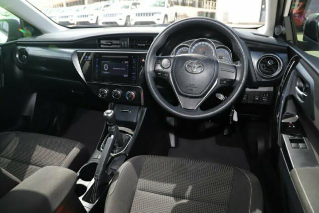 2018 Toyota Corolla ZRE182R Ascent Hatchback Image 10