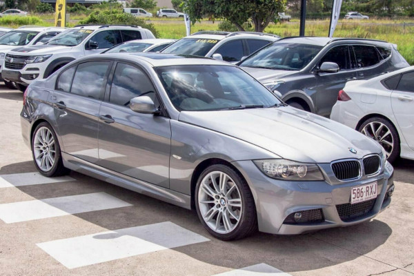 2008 BMW 320i E90 08 Upgrade Executive Sedan Image 5