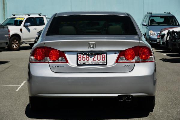 2007 Honda Civic 8th Gen MY07 VTi Sedan Image 4