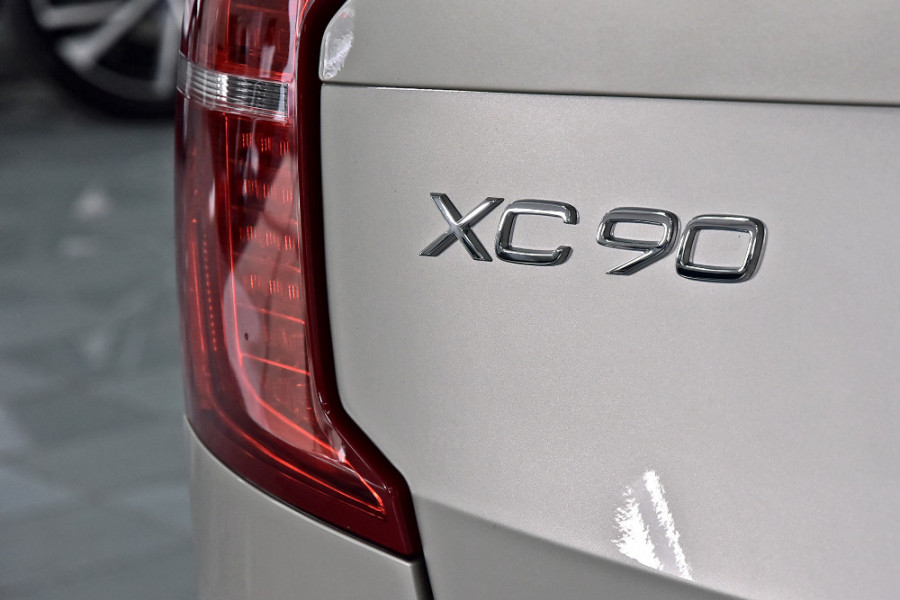 2019 Volvo XC90 L Series D5 Inscription Suv Mobile Image 23