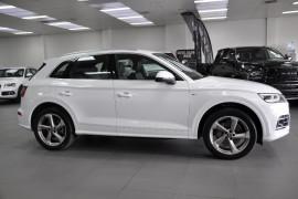 Audi Q5 TFSI - sport FY  TFSI