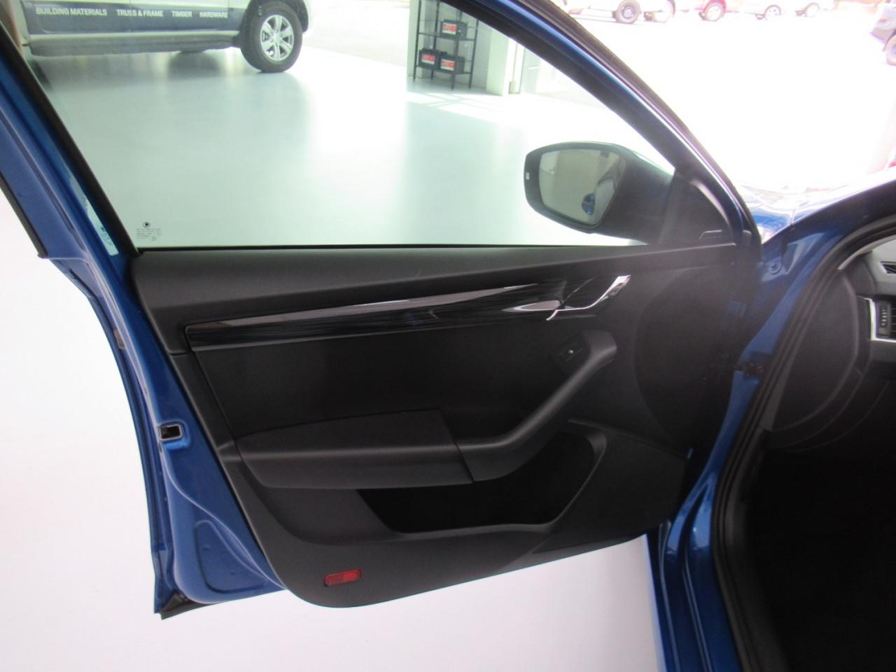 2017 MY18 Skoda Octavia NE MY18 110TSI Sedan Image 31