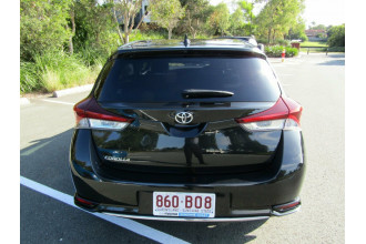 2017 Toyota Corolla ZRE182R Ascent Sport Hatchback Image 5