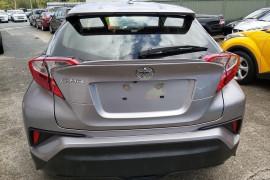 2018 Toyota C-hr NGX10R Suv Mobile Image 6